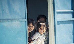 Children in the Cầu Gãy village, Ninh Thuận district of Vietnam.