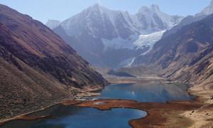 Na América Latina, os Andes se estendem por sete países e têm um papel crucial no fornecimento de água para mais de 95 milhões de habitantes.