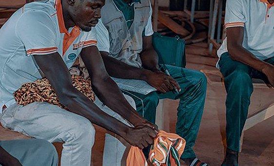 Mais de 1.640 escolas de maridos foram estabelecidas em países que implementam o projeto Empoderamento e Dividendo Demográfico das Mulheres do Sahel, Swedd.