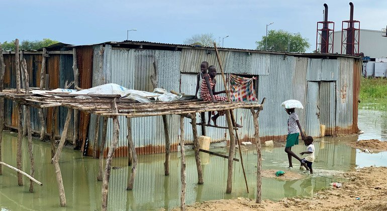 UNHCR responding to worst flooding in decades in South Sudan