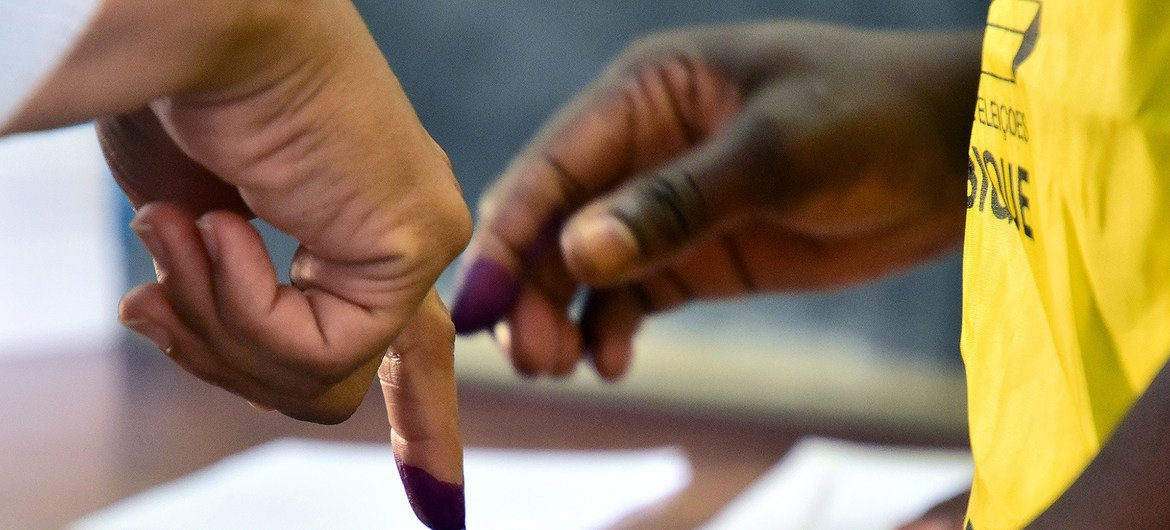 Blue ink marks voting voters and prevents fraud.