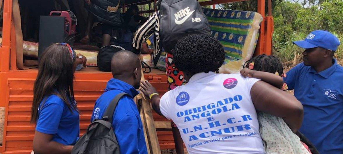 Milhares de refugiados congoleses retornam de Angola para a RD do Congo