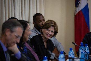 من الأرشيف: السيدة هيلين لاليم، الممثلة الخاصة للأمين العام إلى هايتي .