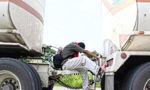Migrante cruzando por Chiapas, en México, de camino a Estados Unidos. Imagen tomada en 2018.