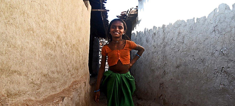 Cette jeune fille n'est pas mariée, mais vit dans une communauté où le mariage précoce est une réalité quotidienne.