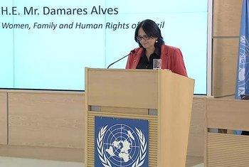 Damares Alves, a ministra da Mulher, da Família e dos Direitos Humanos, discursou na abertura da 43 ª sessão do Conselho de Direitos Humanos.