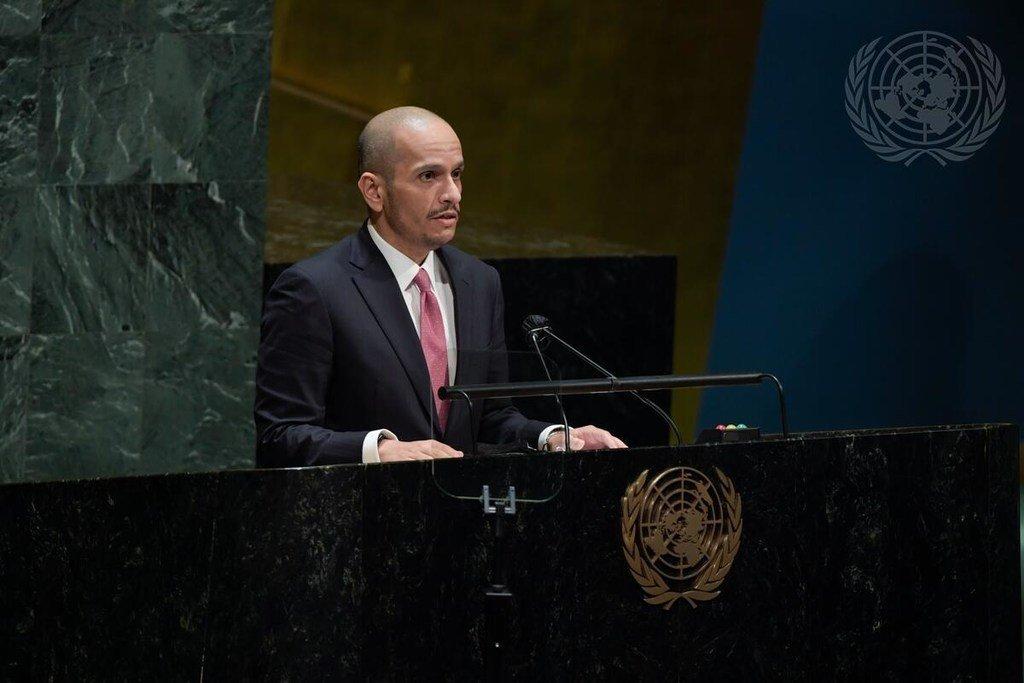 الشيخ محمد بن عبد الرحمن بن جاسم آل ثاني، نائب رئيس مجلس الوزراء ووزير خارجية دولة قطر، يخاطب الجمعية العامة للأمم المتحدة بشأن الوضع في الشرق الأوسط وقضية فلسطين.