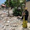 La Vice-Secrétaire générale de l'ONU, Amina Mohammed, visite Les Cayes en Haïti après un séisme dévastateur.