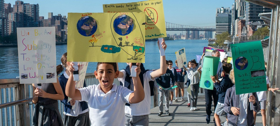 Students of the primary section of the Lycée français de New York (French School) protest climate change in the city's Upper East Side neighbourhood (file photo).