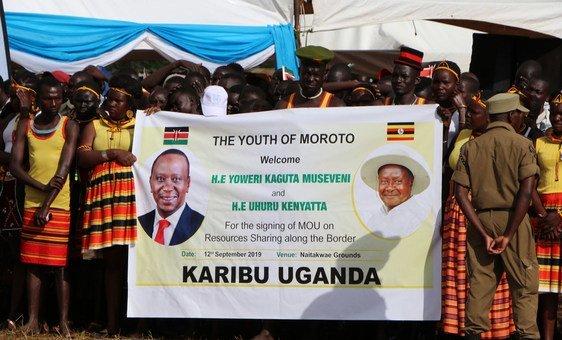 Young people in Moroto welcome the presidents of Uganda and Kenya.