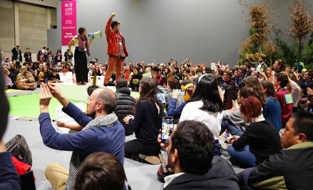 12月13日在第25届气候变化大会期间举行了为了未来的集会活动。