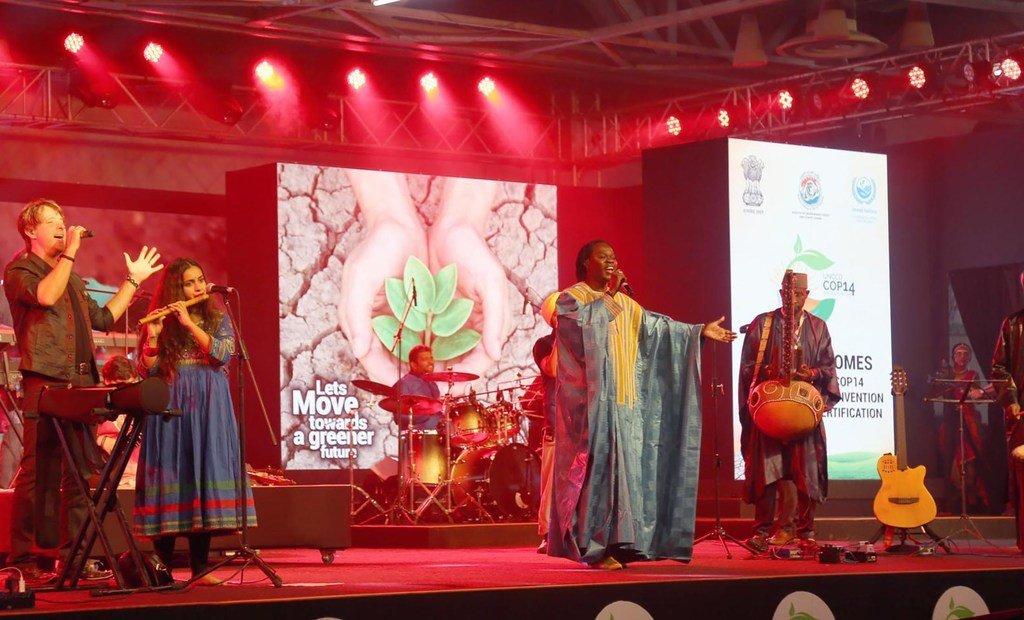 Concert avec le Sénégalais Baaba Maal à l'occasion de la Convention des Nations Unies sur la lutte contre la désertification (photo d'archives).