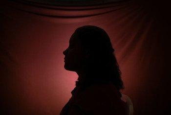 Mulheres são mais vulneráveis a estas violações de direitos humanos