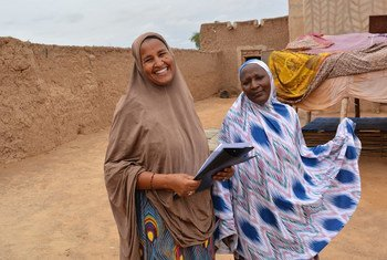 In Niger, farmer-pastoralist conflicts were significantly reduced by empowering women and youth as peacebuilders in the conflict-prone regions. More than 350 community groups 'Dimitra clubs' established in 60 villages.