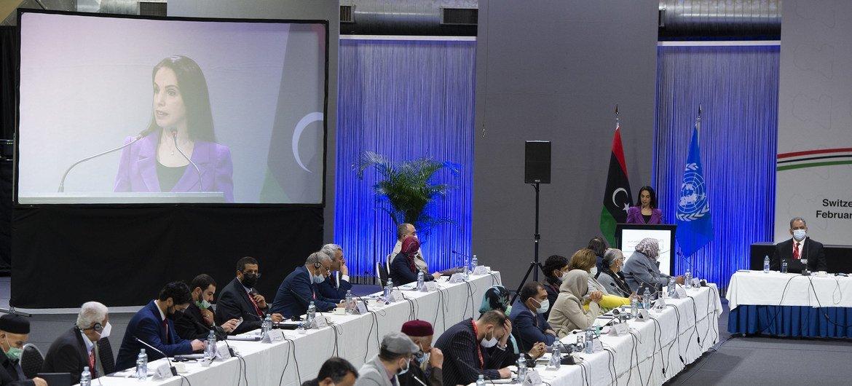 Форум ливийского политического диалога выбрал премьер-министра Ливии и членов президентского совета.