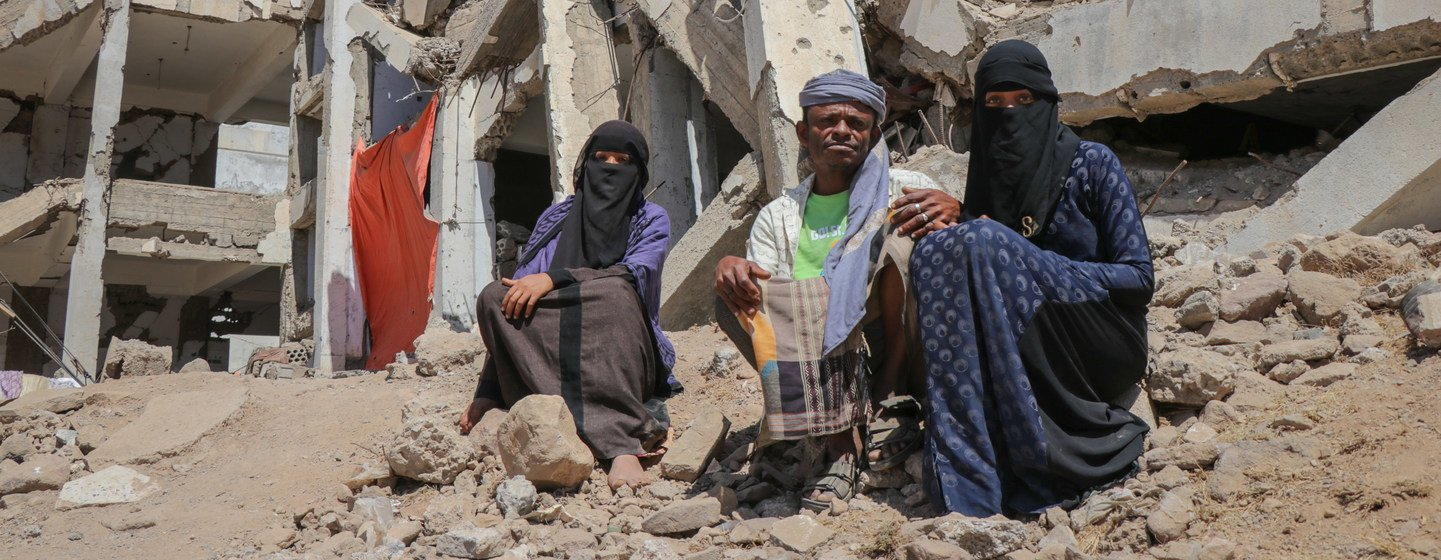 An internally displaced family living in an IDP site in Al-Dhale'e Governorate, Yemen.