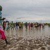 在南苏丹洪灾中流离失所的人们