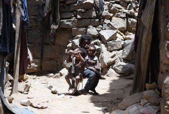 يحتاج ملايين الأطفال إلى المساعدات الإنسانية والحماية في اليمن الذي يشهد أسوأ أزمة إنسانية في العالم.