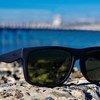 再造衣生(RemakeHub)设计的用回收渔网做成的太阳眼镜,这款眼镜与世界自然基金会合作销售。