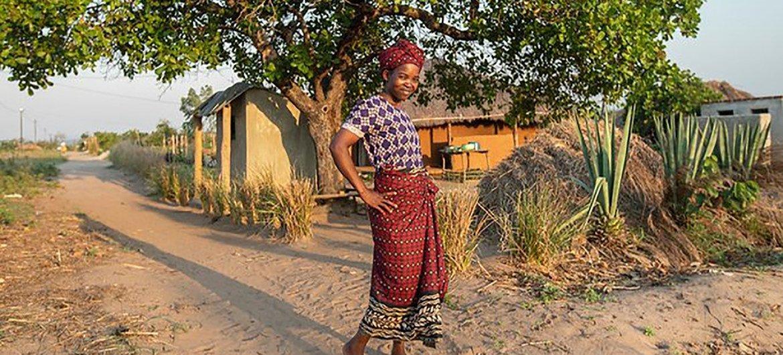 Beatriz Sebastião, 28, sobrevivente de fístula obstétrica, em Mocuba, província da Zambézia, Moçambique