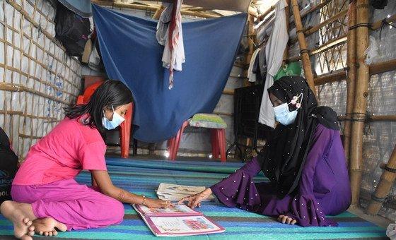 A maioria dos refugiados rohingya vive nestes assentamentos desde agosto de 2017