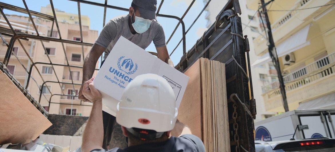 难民署及其合作伙伴正在支持受爆炸影响的贝鲁特居民。