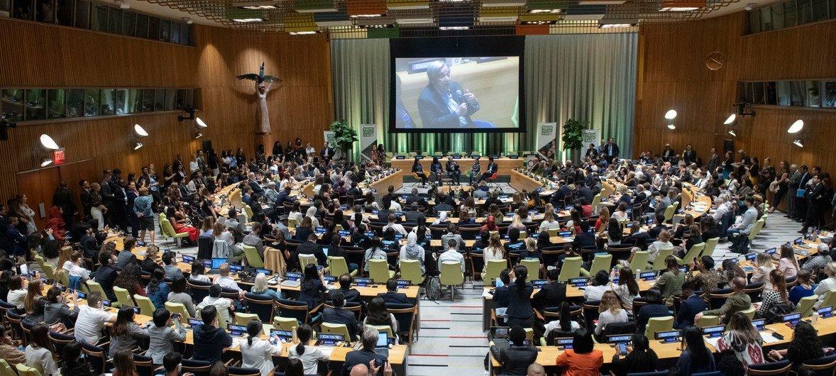 Chefe da ONU no Encontro de Cúpula da Juventude.