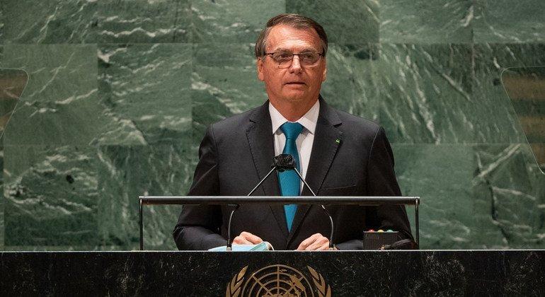 ब्राज़ील के राष्ट्रपति जयअ बॉलसेनारो, यूएन महासभा के 76वें सत्र को सम्बोधित करते हुए.