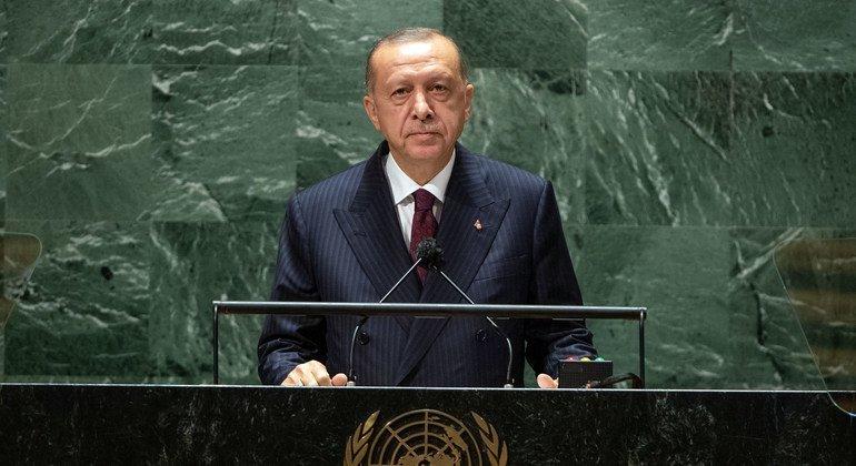 Президент Турции Реджеп Тайип Эрдоган выступил в ходе общеполитической дискуссии 76-й сессии Генассамблеи ООН.