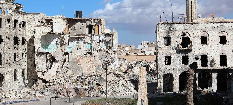 Разрушения, оставленные войной в Бенгази, Ливия.