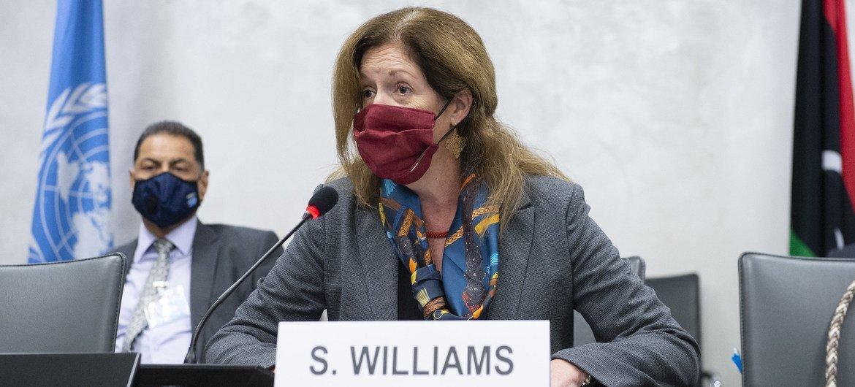 Исполняющая обязанности Специального представителя ООН по Ливии Стефани Уильямс на встрече в Женеве. 19 октября 2020 года.