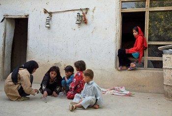 Com os casos de diarreia aguda aumentando e ameaçando crianças, o Unicef enviou 40 toneladas de medicamentos para Cabul