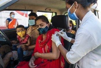 С января 2020 года по май 2021-го, по самым скромным оценкам, от коронавирусной инфекции скончалось 115 тысяч медиков.