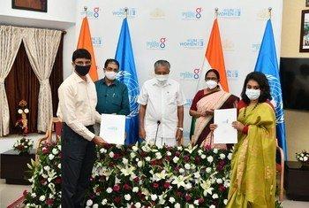 भारत में जैण्डर हब बनाने के लिये केरल राज्य की सरकार और यूएनवीमेन के बीच सोमवार को एक समझौते पर हस्ताक्षर हुए.
