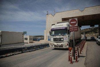 Гуманитарные потребности сирийцев в ближайшее время будут только расти, предупреждают в ООН.