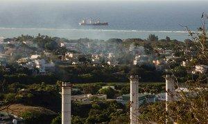 Тепловая электростанция в Мавритании загрязняет атмосферу парниковыми газами. Население планеты голосует за чистый воздух.