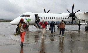 Des travailleurs humanitaires arrivent à Mekele, dans la région du Tigré, en Ethiopie.