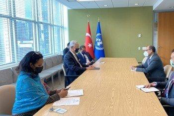 संयुक्त राष्ट्र महासभा अध्यक्ष वोल्कान बोज़किर और संयुक्त राष्ट्र में भारत के स्थाई प्रतिनिधि टीएस तिरुमूर्ति के बीच, सुरक्षा परिषद के कार्यक्रम पर, 21 जुलाई को बातचीत हुई.
