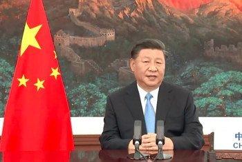 الرئيس الصيني، شي جين بينغ، يخاطب الدورة الخامسة والسبعين من الجمعية العامة.