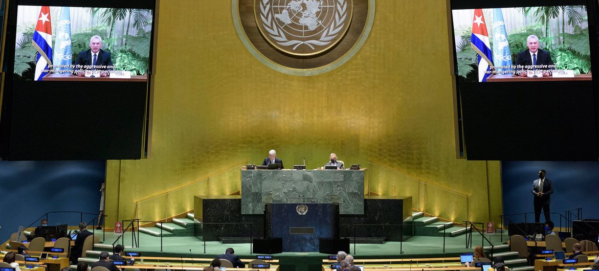 El presidente de Cuba, Miguel Díaz-Canel se dirige a la Asamblea General en un mensaje en vídeo.