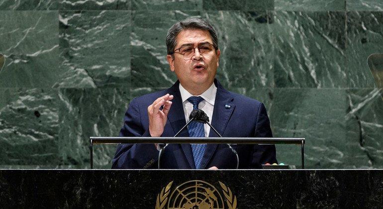 El presidente de Honduras, Juan Orlando Hernández Alvarado, interviene en el debate general de la 76ª sesión de la Asamblea General de la ONU.
