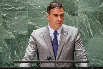El presidente del Gobierno de España Pedro Sánchez se dirige a la Asamblea General durante la reunión de alto nivel del 76 periodo de sesiones.