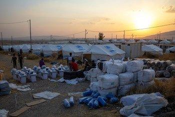 En Iraq, le HCR fournit aide et hébergement aux réfugiés fuyant le nord-est de la Syrie.