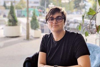 Ajna Jusić, 26 ans, est une psychologue et une féministe de Sarajevo, en Bosnie-Herzégovine. Elle préside l'association «Zaboravljena djeca rata» (Les enfants oubliés de la guerre).