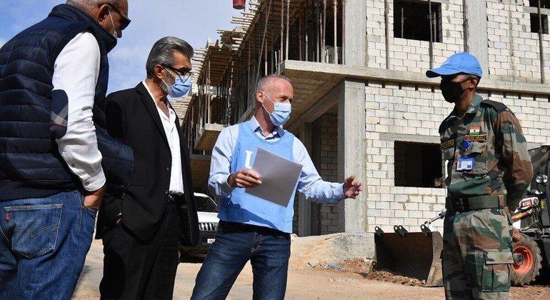 यूनीफ़िल द्वारा लेबनानी रेड क्रॉस के लिये स्वास्थ्य सुविधा का निर्माण