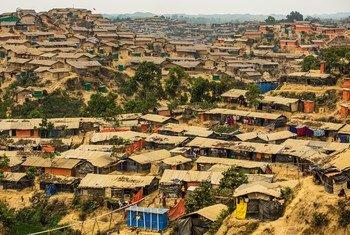 Maelfu ya wakimbizi wa Rohingya wanaishi katika kambi ya Hakimpara iliyopo Cox's Bazar, Bangladesh