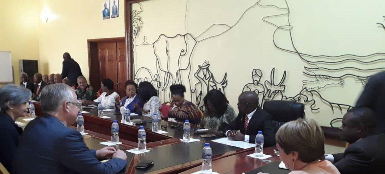 La Haut-Commissaire des Nations Unies aux droits de l'homme, Michelle Bachelet, assiste à une réunion du Conseil provincial de sécurité de la province de l'Ituri, à Bunia, en République démocratique du Congo (RDC).