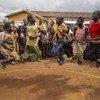 Watoto wakimbizi wa ndani wakicheza katika kituo rafiki kwa watoto kambini Drodro, jimboni Ituri nchini Jamhuri ya Kidemokrasia ya Congo, DRC