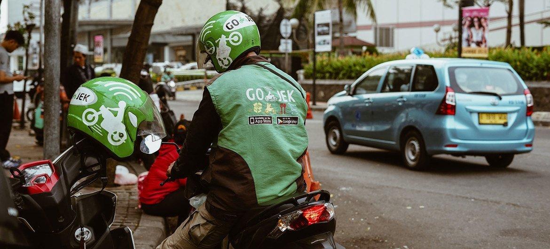 Serviço de transporte de passageiros, na Indonésia, com base em plataforma digital