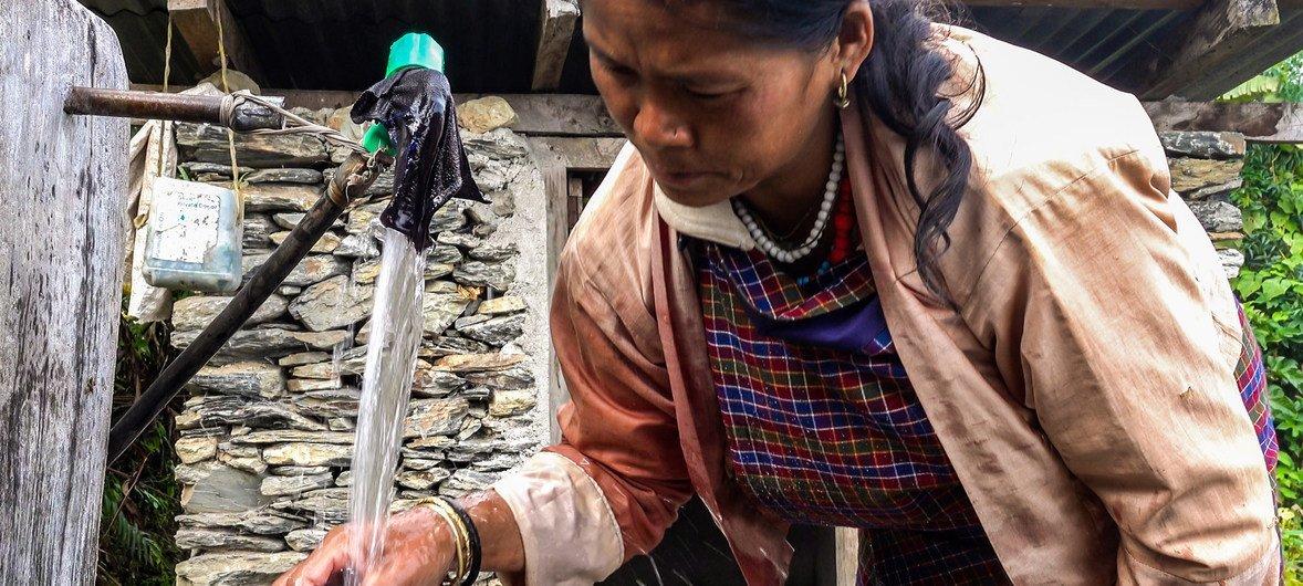 开发署正在帮助地处喜马拉雅山脉的内陆国家不丹克服因气候变化而不断加剧的水资源挑战。